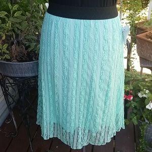 Mint - Light Knit Lace skirt